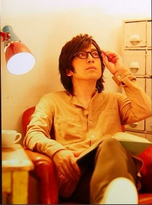 9月: ピース・又吉さん