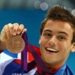 いじめ・父の死を乗り越えたバイセクシャル飛び込みトーマス・デイリー選手、リオ五輪で銅メダル!婚約相手は彼氏?彼女?