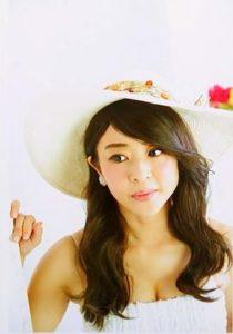 洋服が素敵な松本明子さん